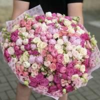 Большой сборный букет с пионовидными розами R1979