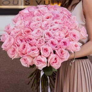 Букет из 51 пионовидной розовой розы R003