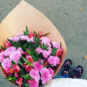 Сборный букет хризантемы и альстромерии R596
